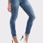 jeans_white_heels6