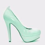 minty_heels1
