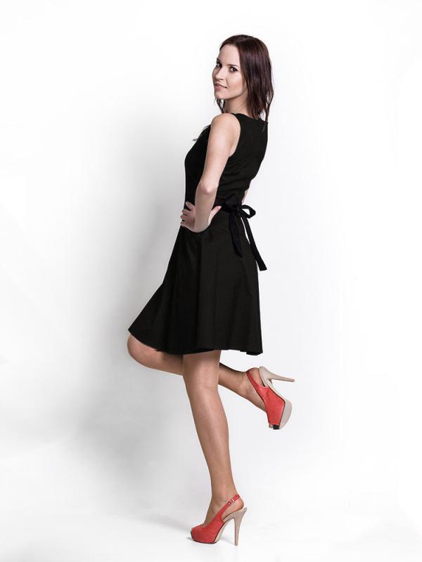 black_dress