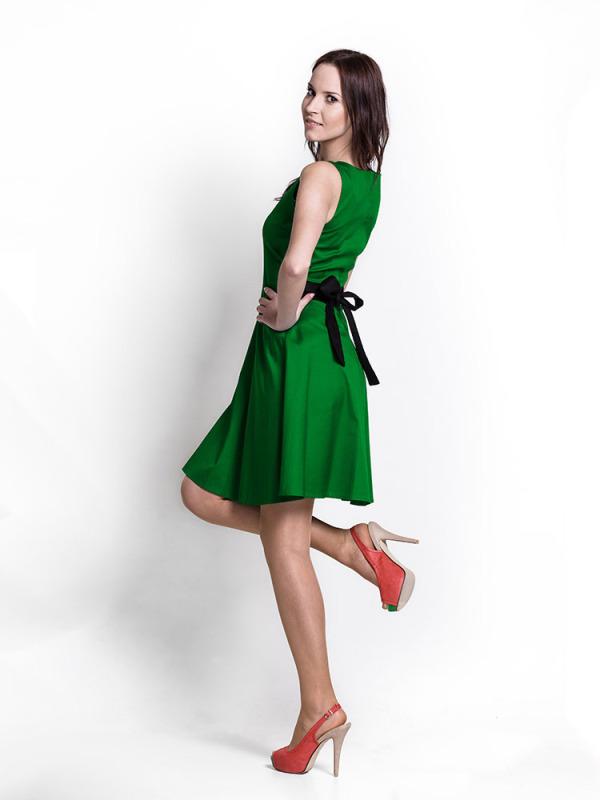 deep_green_dress